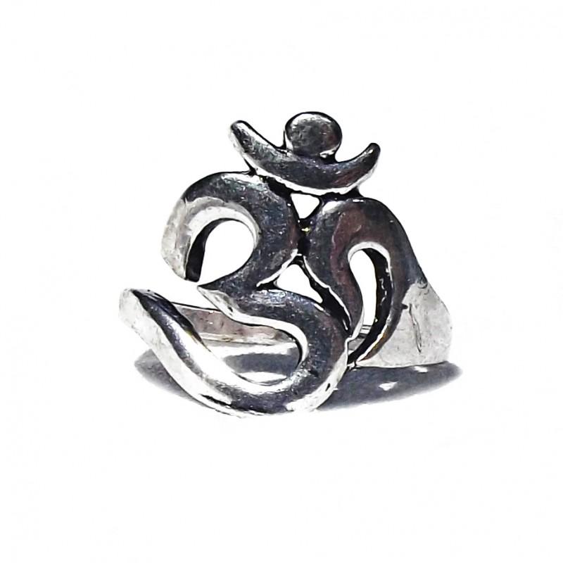 Aum Ring