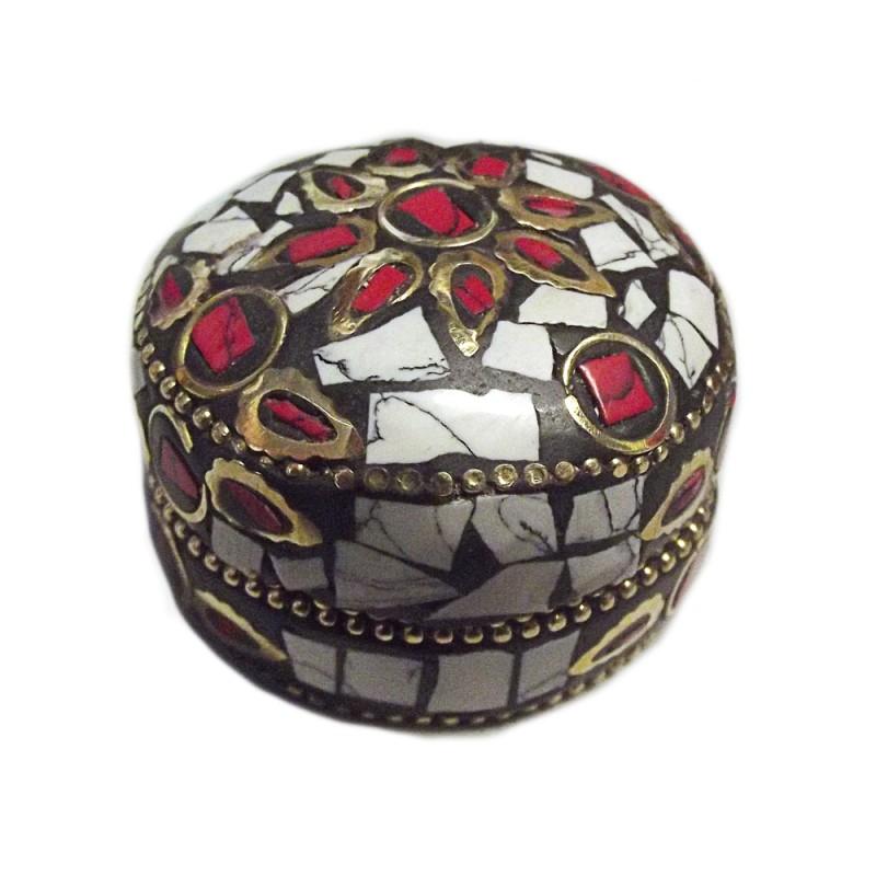 boîte tibétaine blanche