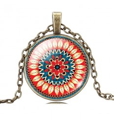 collier mandala rouge