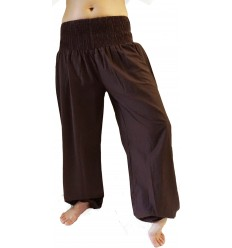 pantalones de yoga marron